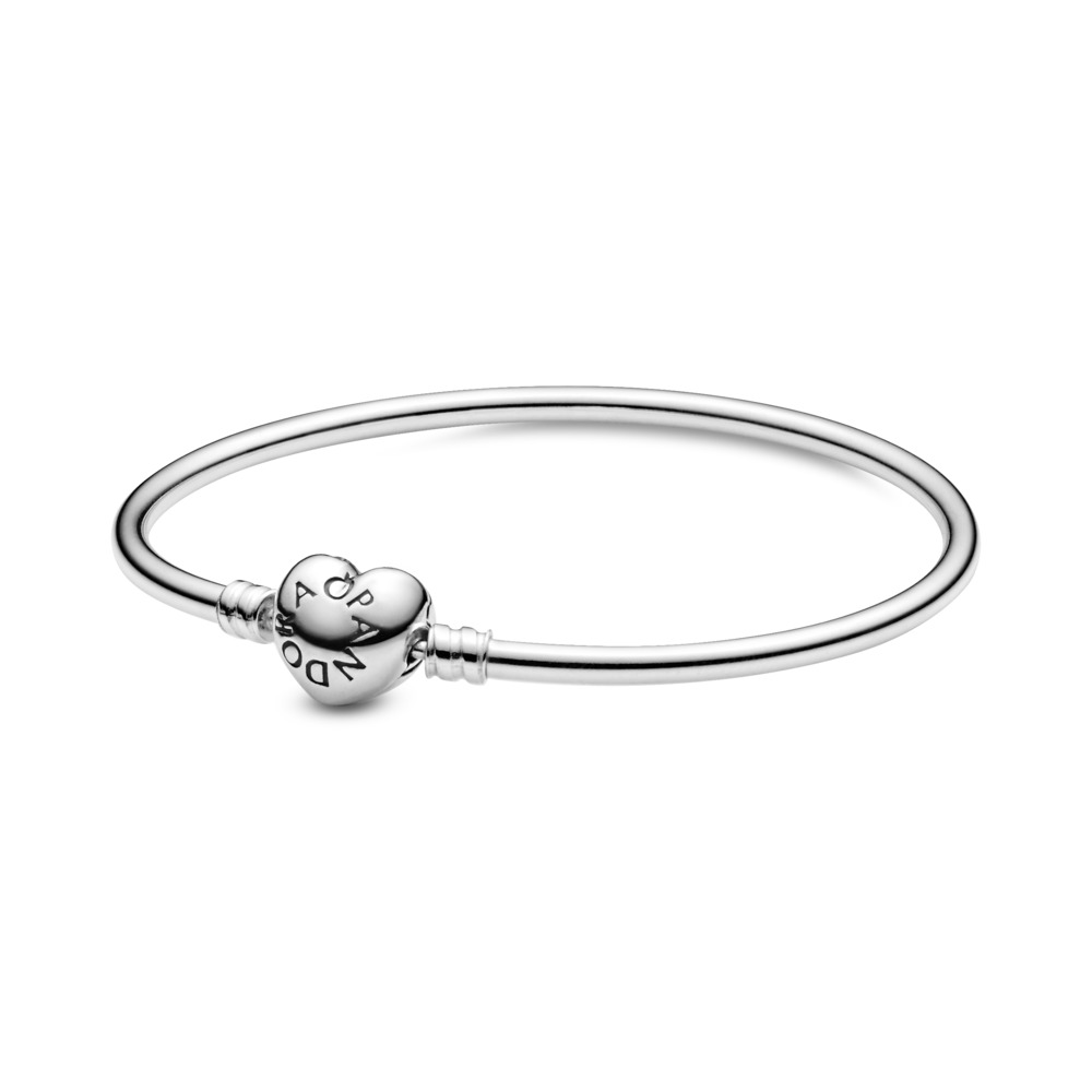 판도라 PANDORA Moments Silver Bangle Bracelet, Logo Heart Clasp Sterling silver