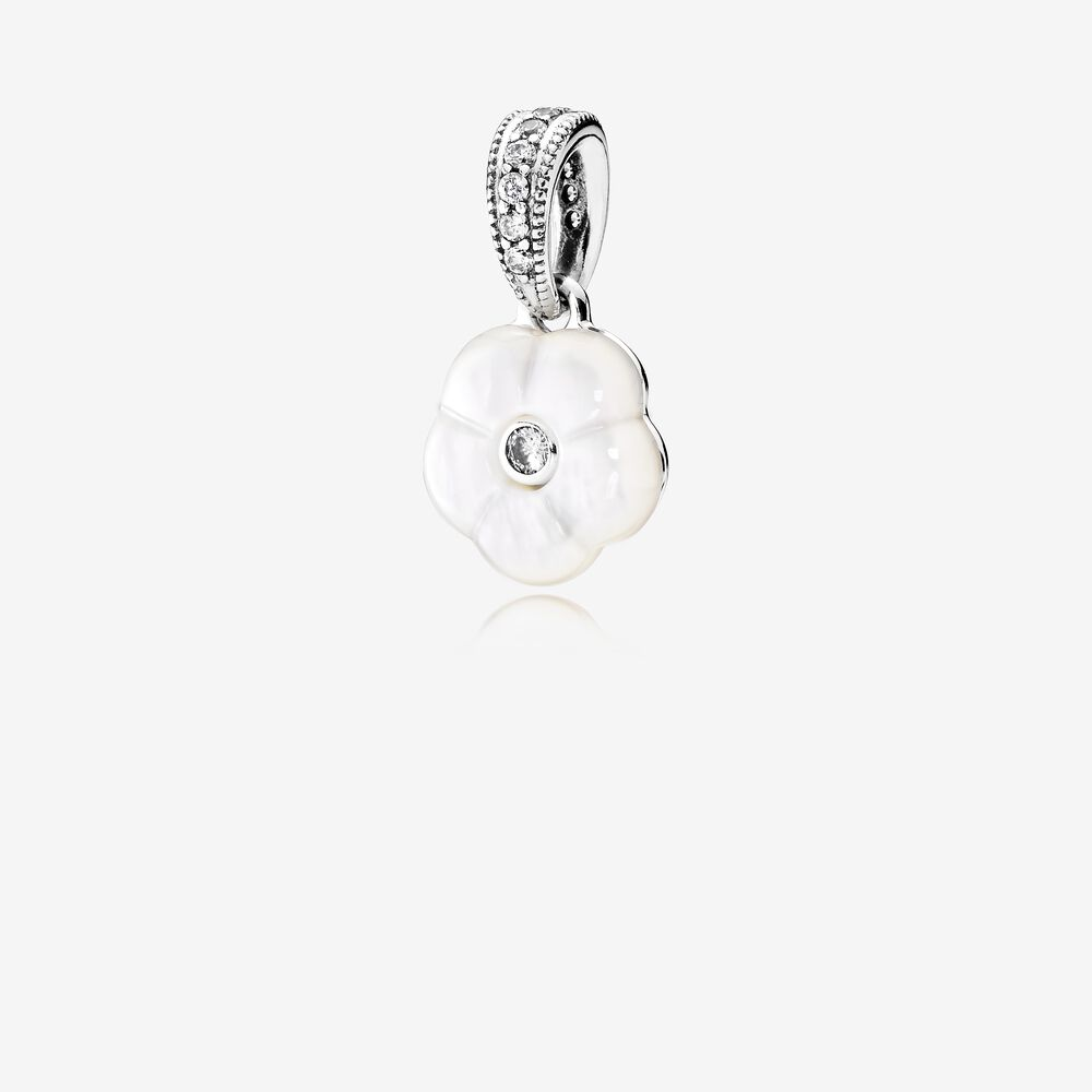 Luminous Florals Pendant, Mother-Of-Pearl & Clear CZ