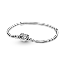 Disney Pandora Moments Mickey Mouse Heart Clasp Snake Chain Bracelet
