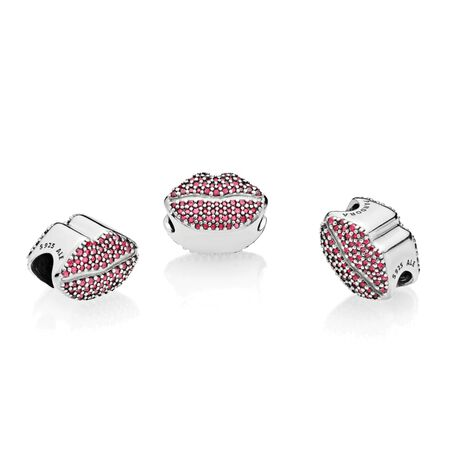 Kiss More Lips Charm Gift Set