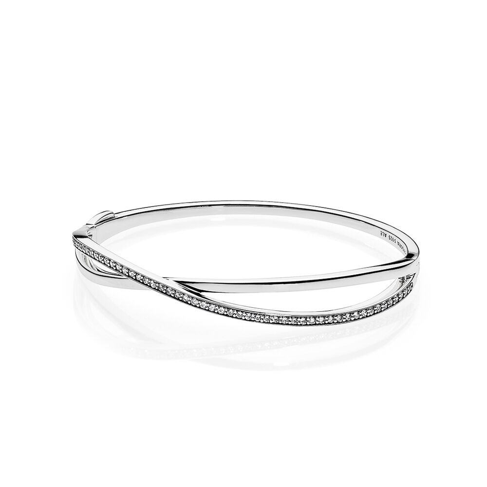 bracelet what pandora logo a en clasp shine silver is bangle moments heart bangles