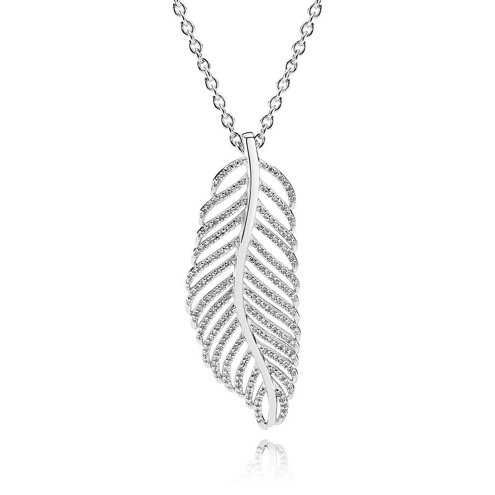 Silver and Grey Feather Pendants on a Long Costume Jewellery Necklace d31PQb
