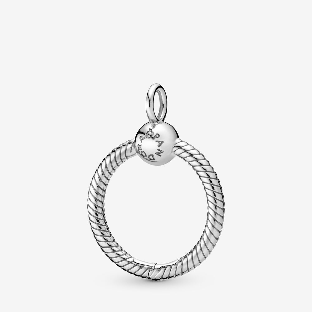 Pandora Moments Small O Pendant | Sterling silver | Pandora US
