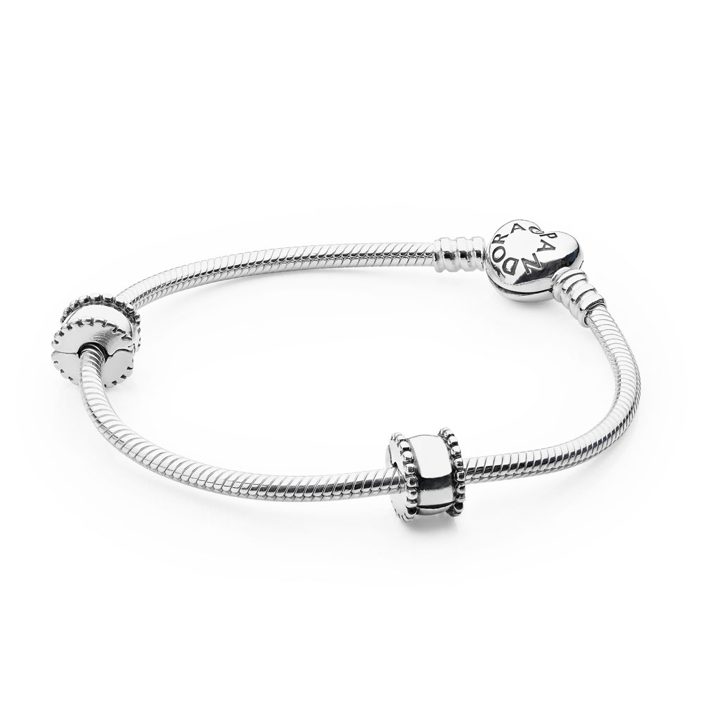 Iconic PANDORA Heart Clasp Bracelet, Sterling Silver, Sin Color - PANDORA - #USB7952