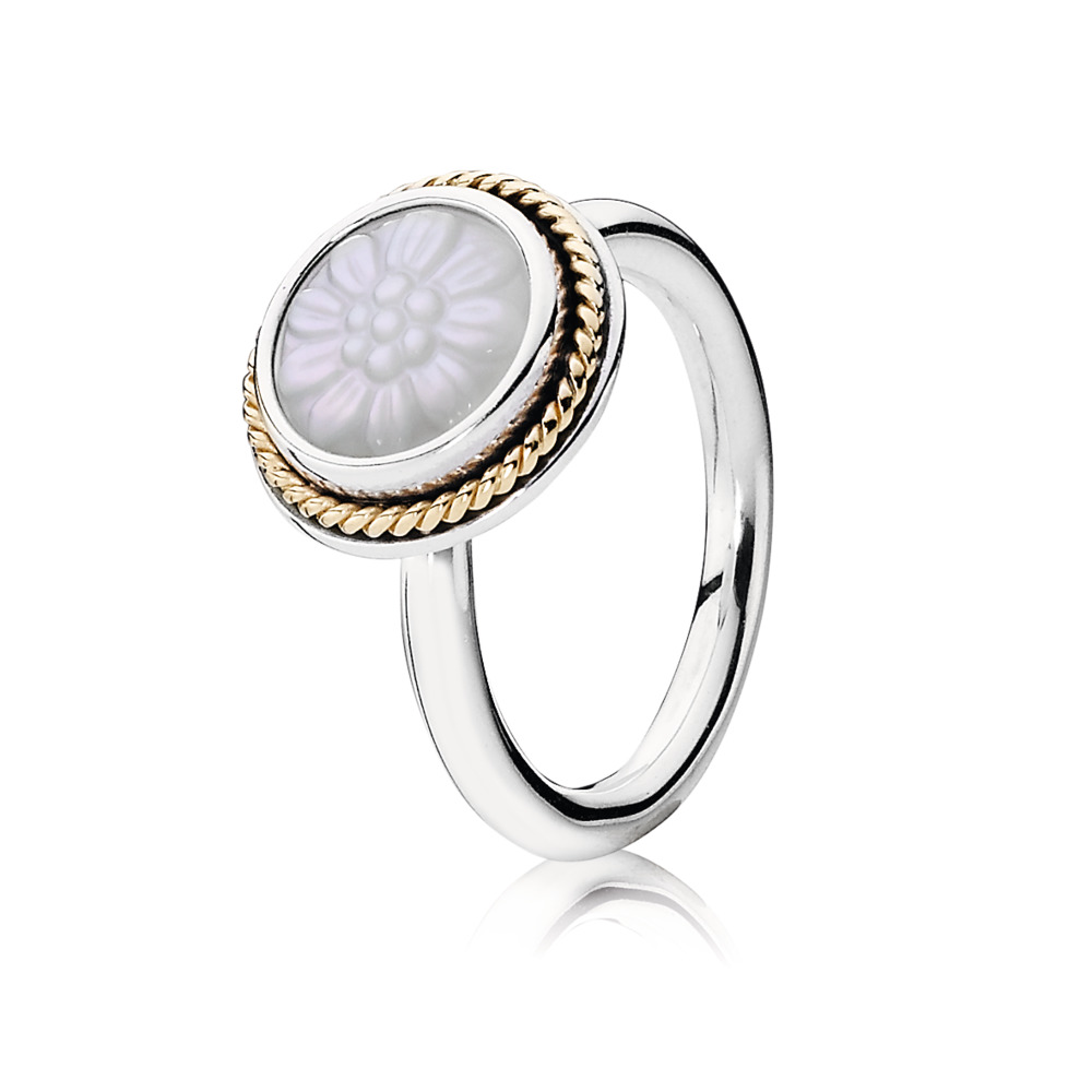 Daisy Signet Ring, Mother Of Pearl, Two Tone, Purple, Mother of pearl - PANDORA - #190859MOP