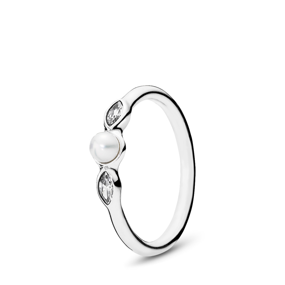 Petite Luminous Leaves Ring, White Pearl & Clear CZ, Sterling silver, Beige, Mixed stones - PANDORA - #190964P