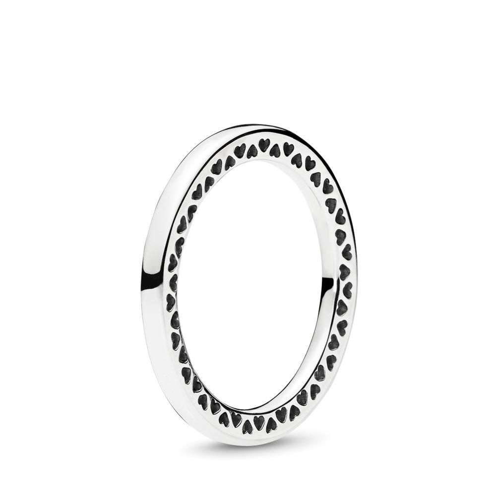 Classic Hearts of PANDORA Ring
