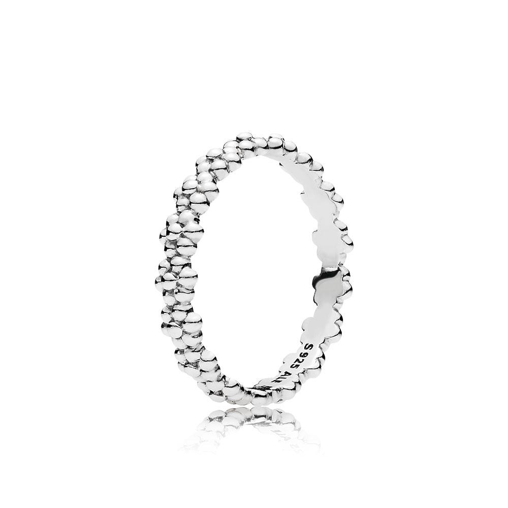Ring of Daisies Ring