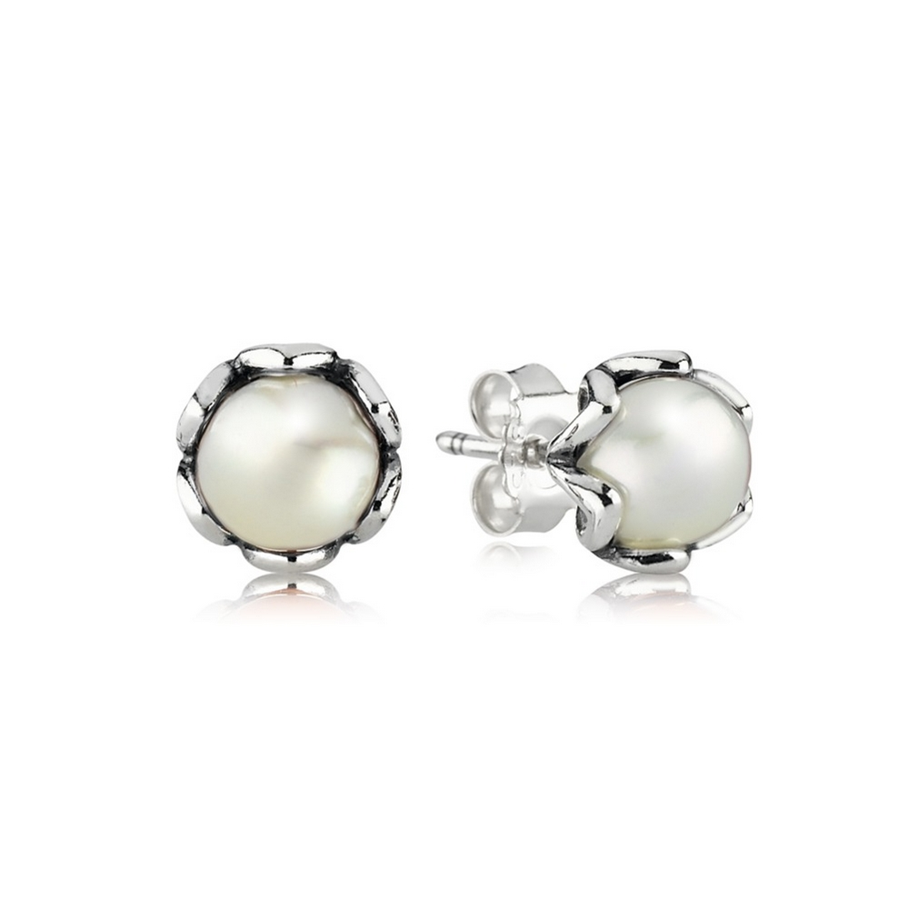 Cultured Elegance Stud Earrings, White Pearl