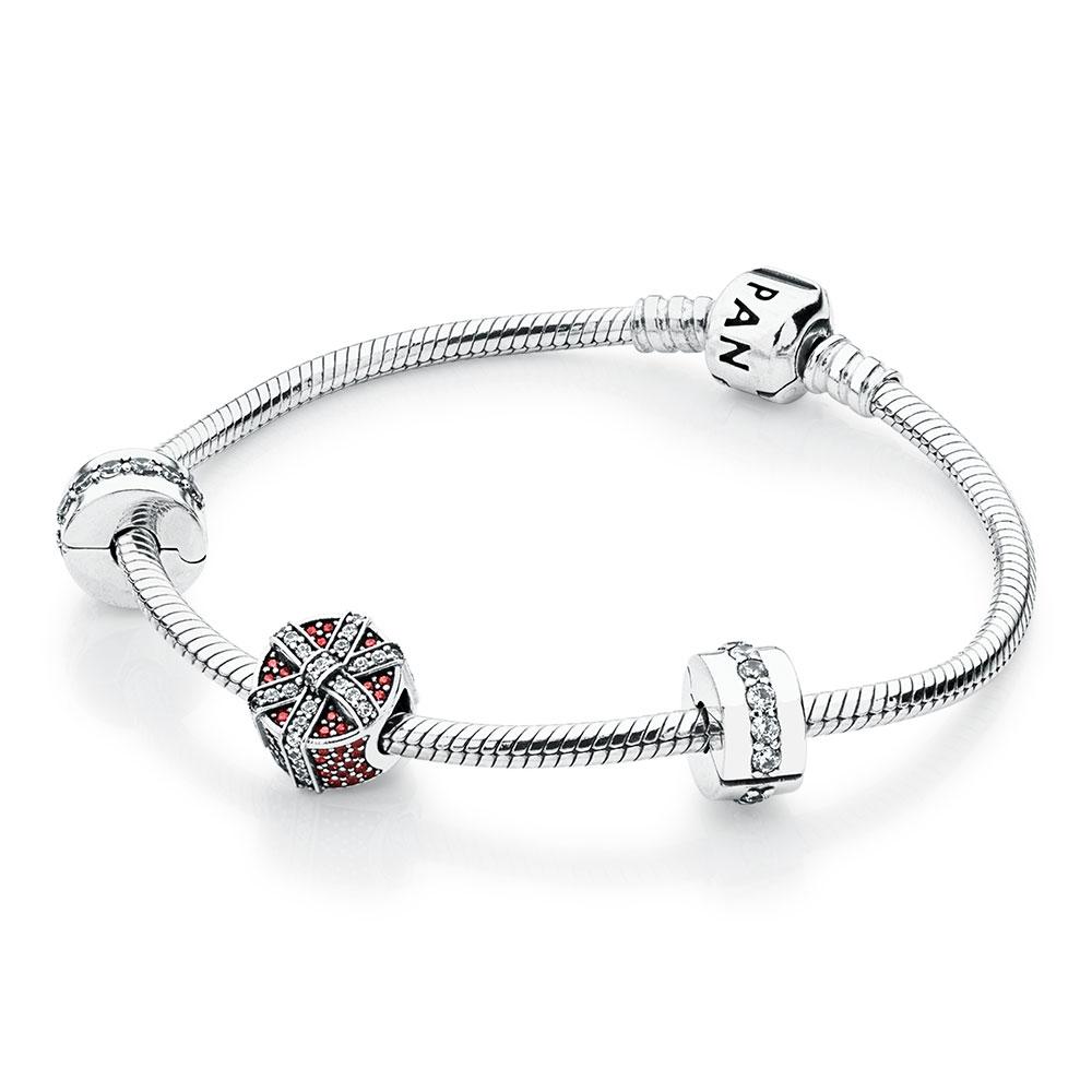 Gifts of the Season Bracelet Set